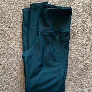 Old Navy go dry Leggings, size small